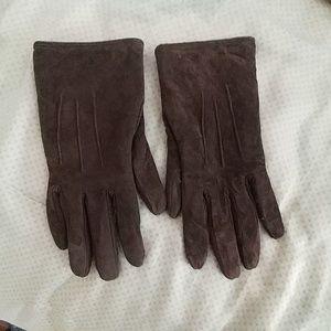 Isotoner Suede Gloves Size L